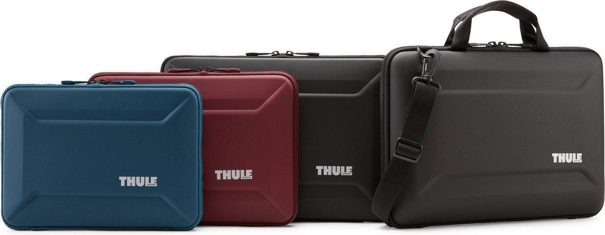 "Etui, Case na Macbook 13"" Thule Gauntlet - czarny"