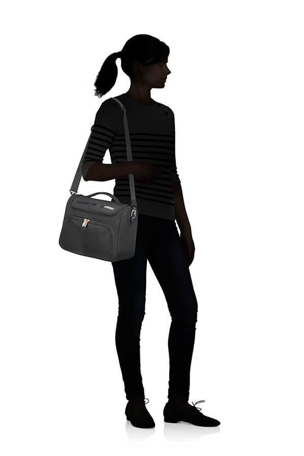 Kuferek na kosmetyki American Tourister Summerfunk czarna