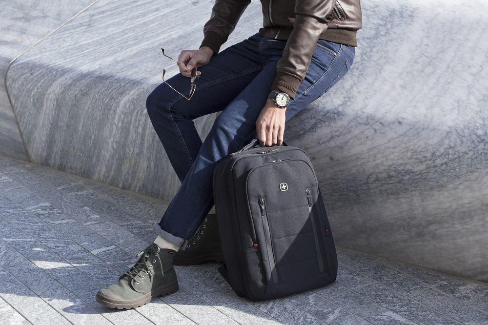"""Plecak na laptopa do 16"""" Wenger City Traveler czarny"""
