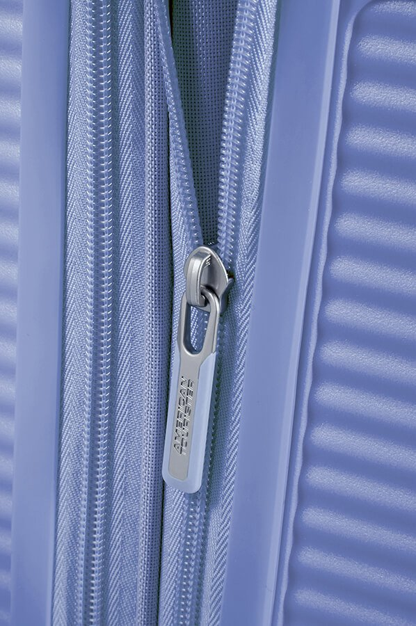 Walizka kabinowa American Tourister Soundbox 55 cm powiększana niebieska